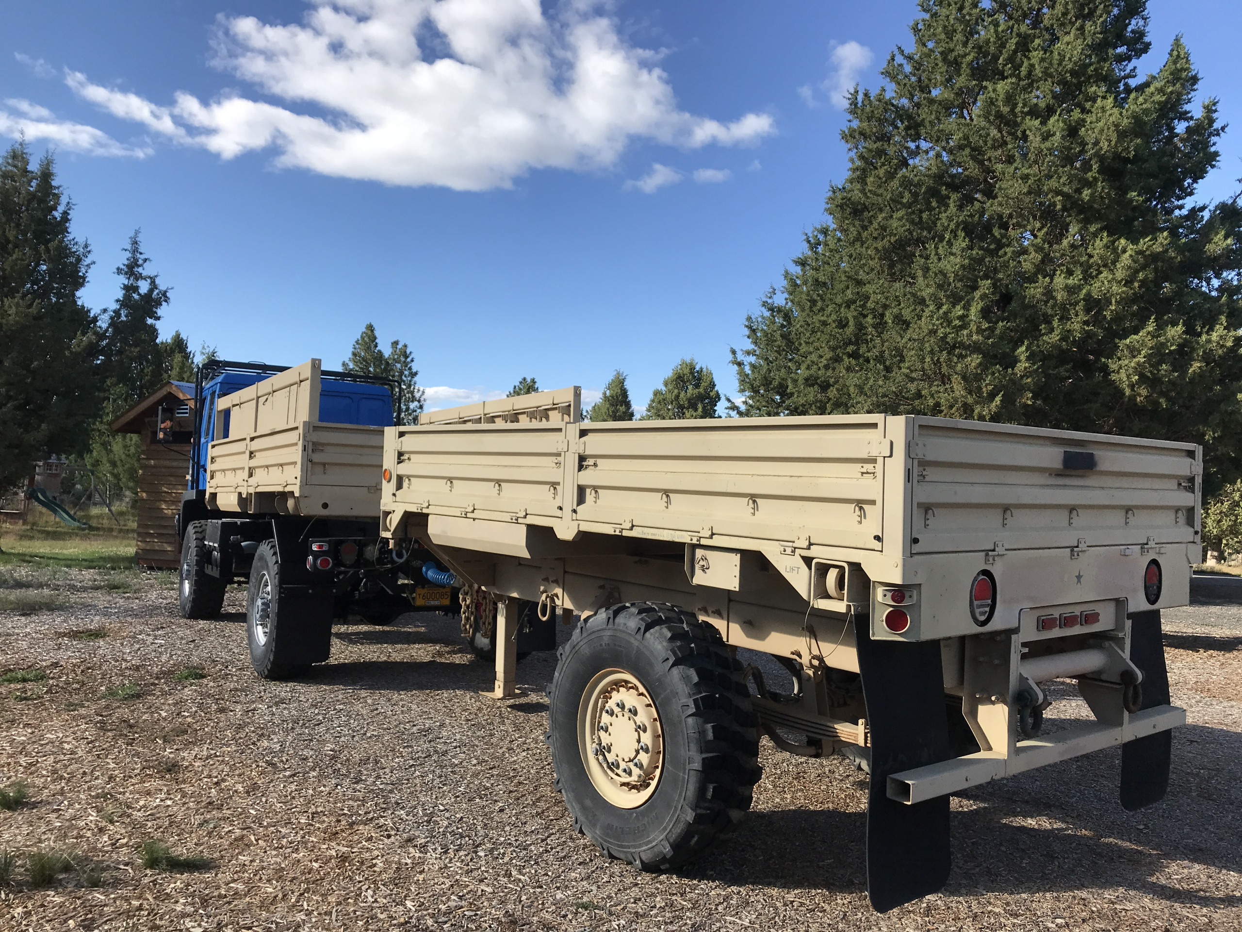 FMTV-with-trailer